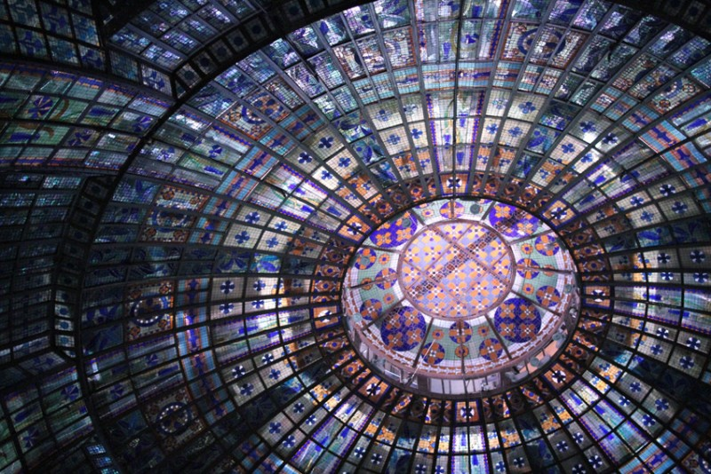 Il mondo della luce si dà appuntamento a Parigi